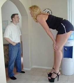 tall woman short man